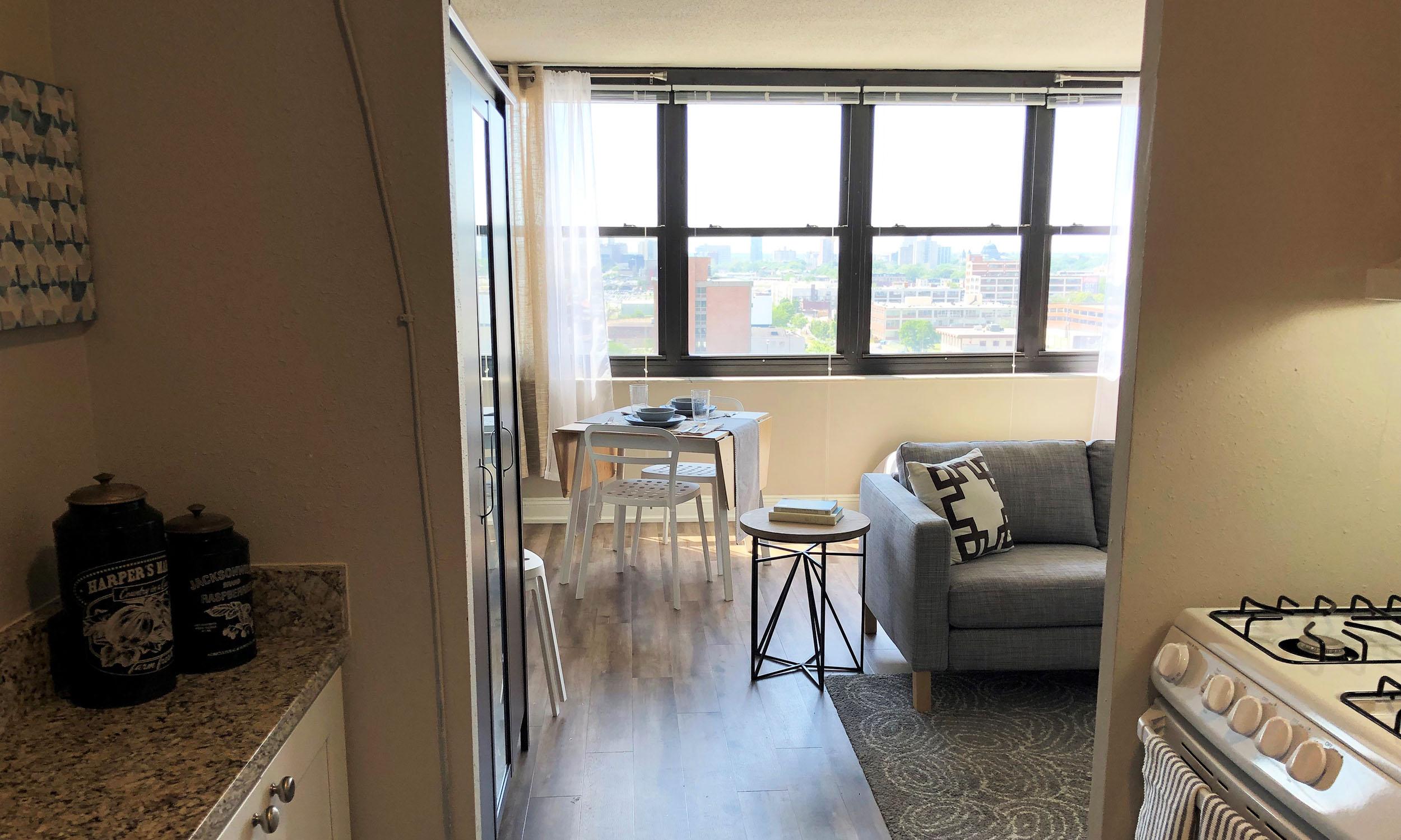 Grandview Apartments | The Wellington Group - Saint Louis